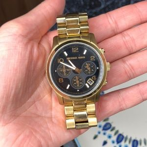 Michael Kors boyfriend watch SMALL wrist